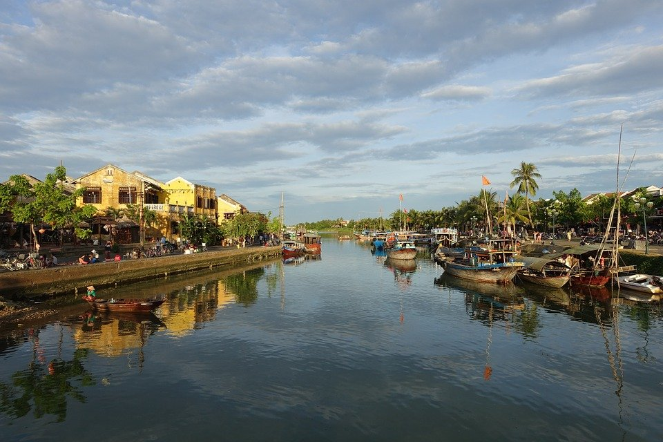 Hoi An is 31.2 KM from Da Nang