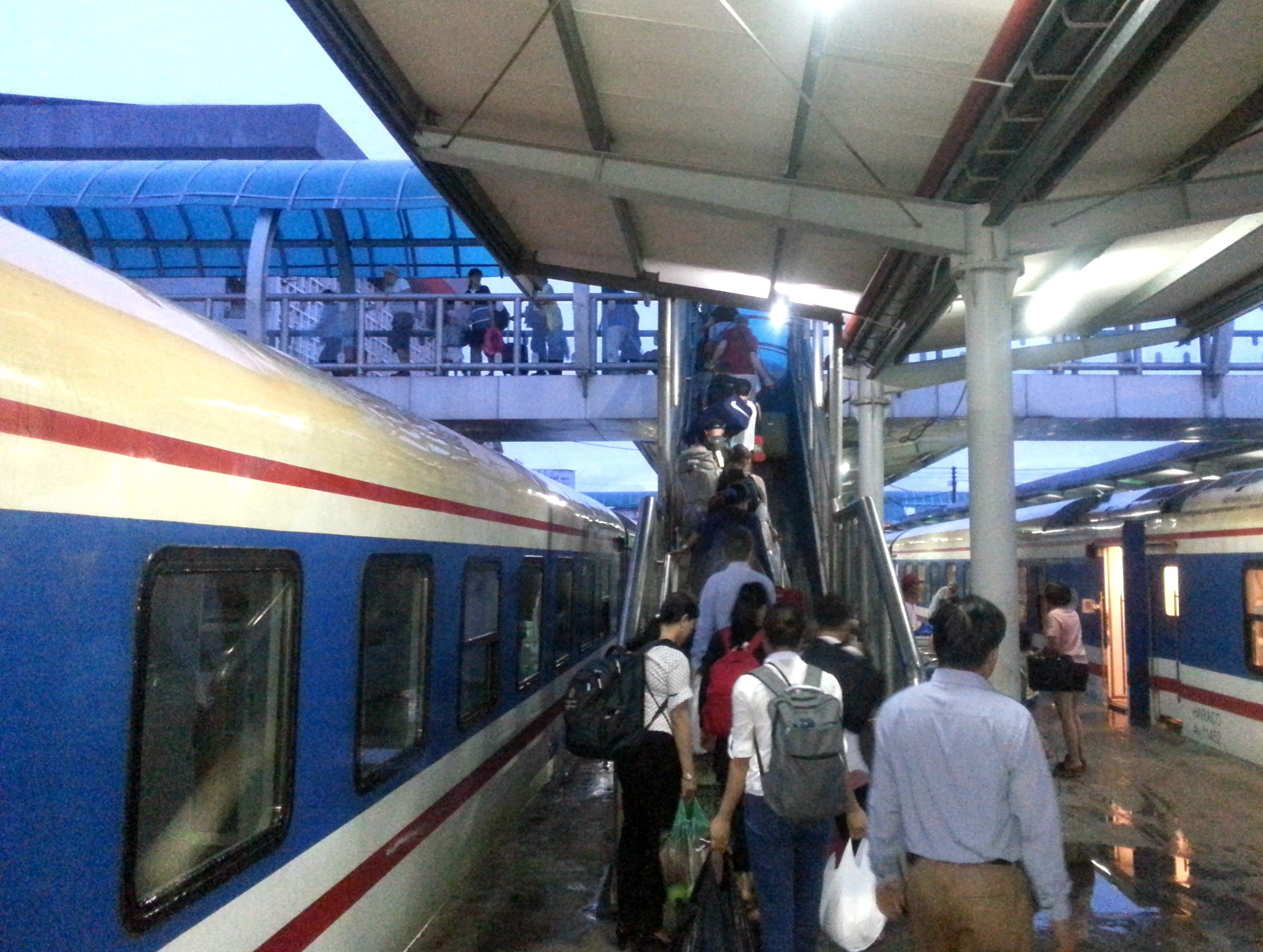 Train arriving into Hanoi Railway Station
